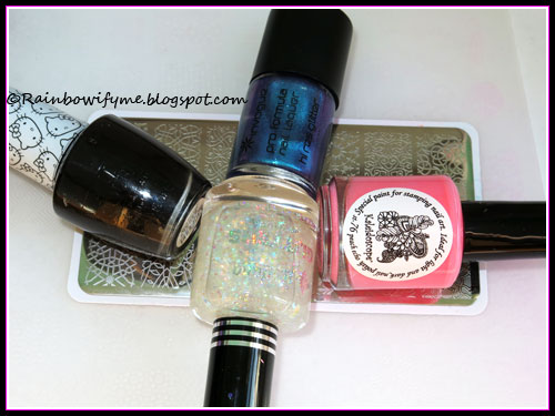 OPI: Never Have Too Mani Friends!; Invogue: Guilty Pleasure, El Corazón stamping polish: Peach Echo; Jordana: Lunar Nights