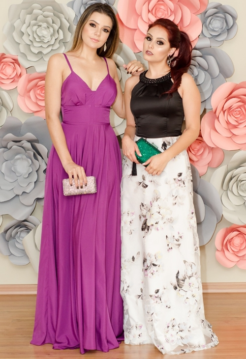 vestido longo violeta