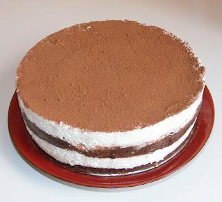 retete, tort de ciocolata, torturi, prajitura, desert, prajituri, deserturi, retete fara coacere, ciocolata, frisca, branza de vaci dulce, prajituri cremoase,