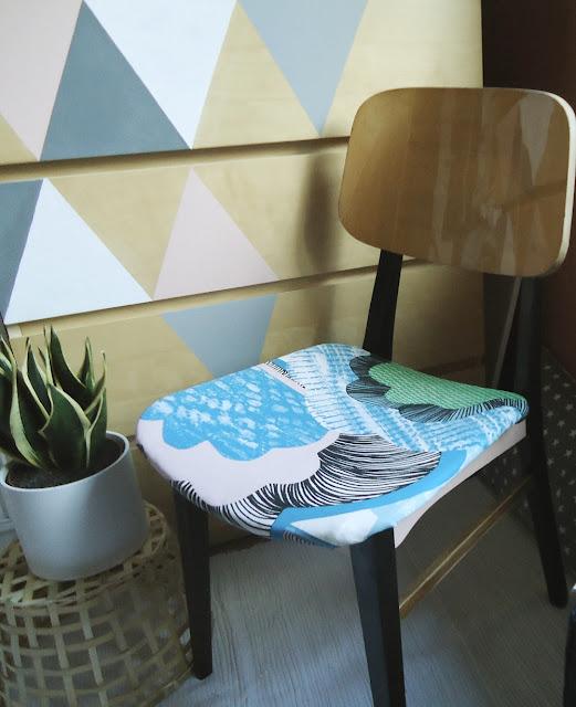 krzesło po metamorfozie, kolorowe krzesło
