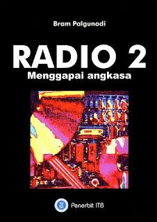 RADIO 2 MENGGAPAI ANGKASA