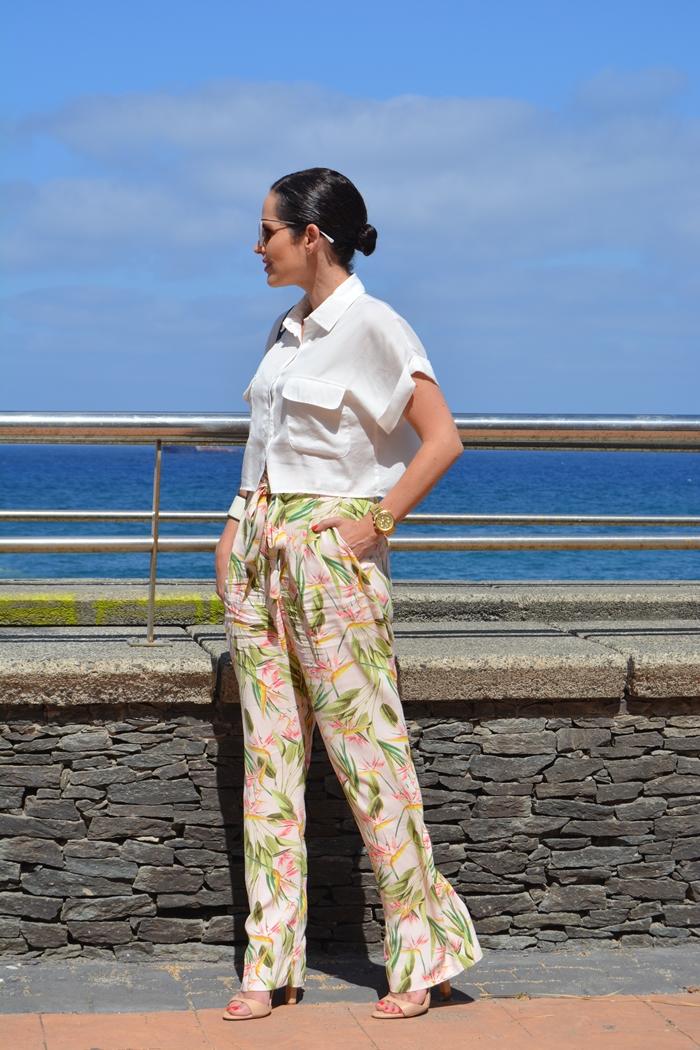 zara-cropped-shirt-and-palazzo-pants-streetstyle