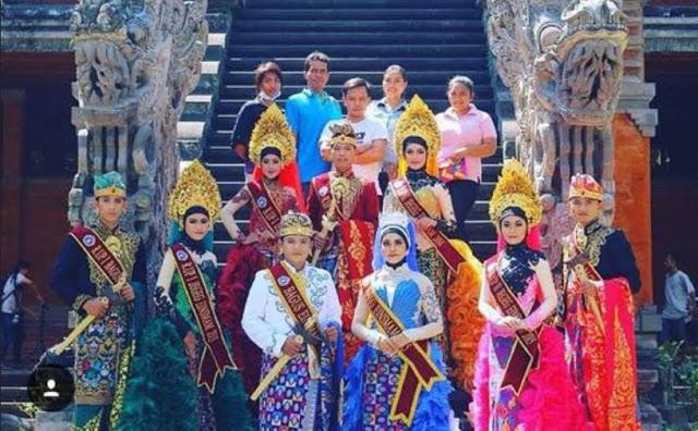 87 Gaya Baju Adat Bali Kerudung Paling Bagus