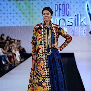Khadi-khas-collection-at-pfdc-sunsilk-fashion-week-2017-6