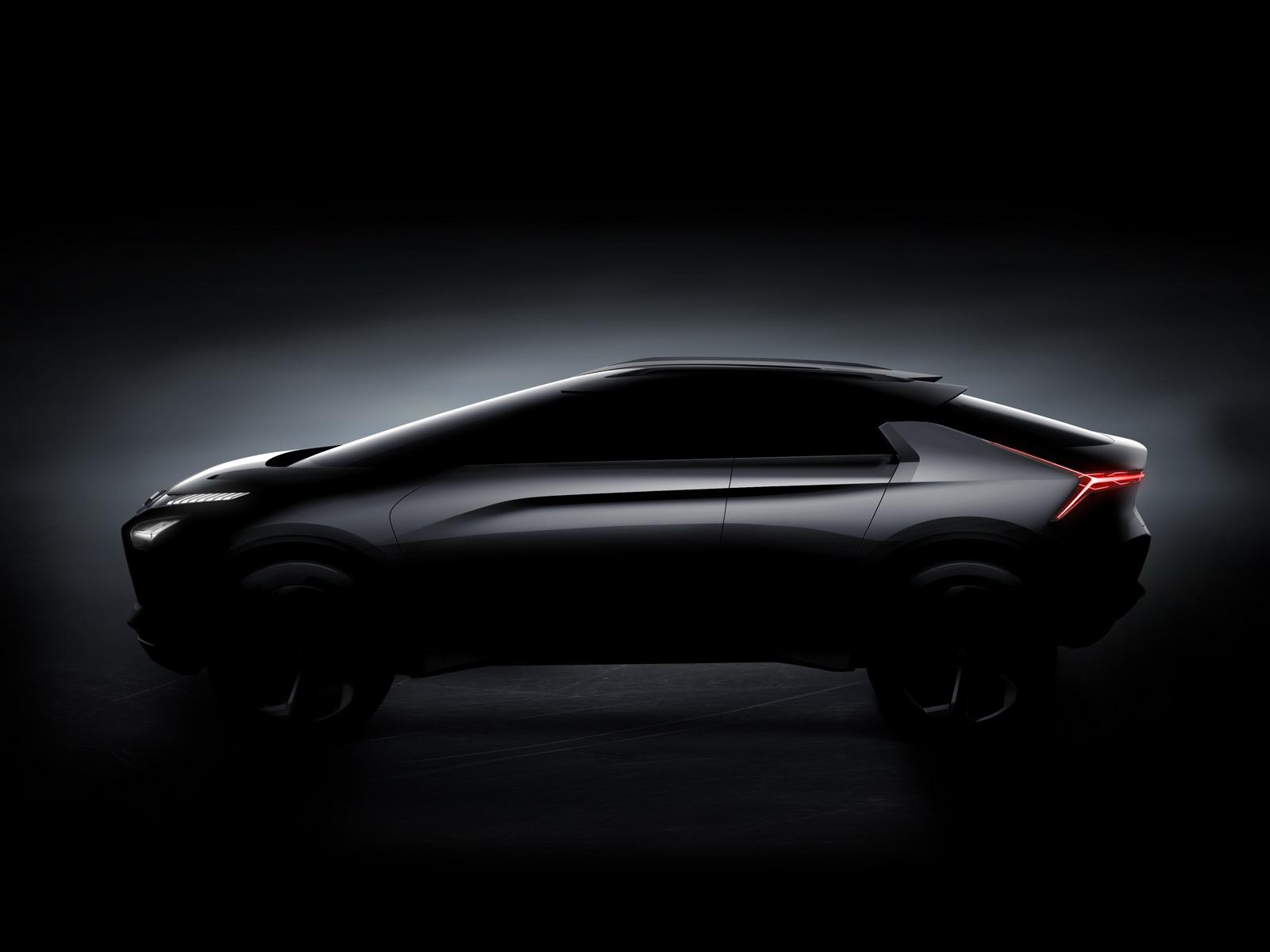 2017-Mitsubishi-eEvolution-01