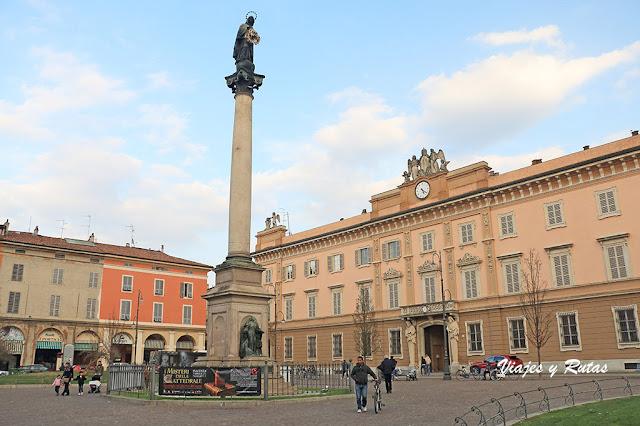 Piazza del Duommo de Picenza