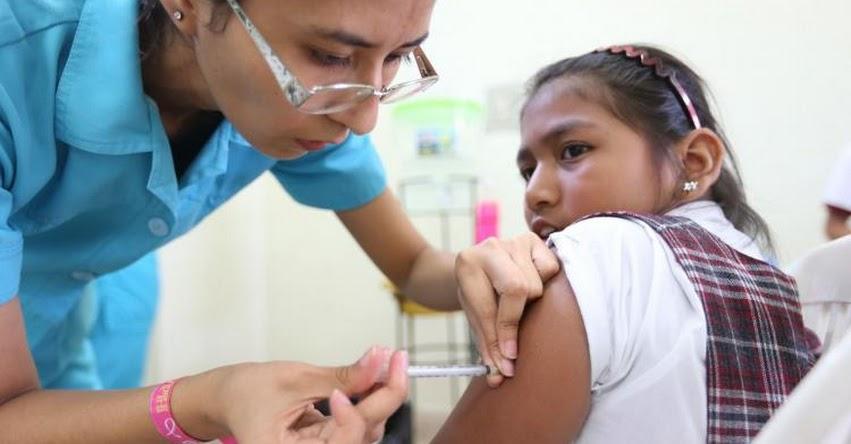 Niñas vacunadas contra cáncer de cuello uterino deben aplicarse nueva dosis, recuerda Liga contra el Cáncer