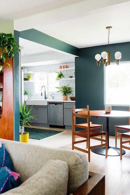 Warna mempunyai efek besar pada tampilan dapur di rumah Anda 15 Pilihan Warna Cat Dinding Dapur Paling Bagus