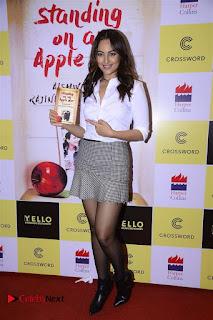 Sonakshi Sinha Karan Johar at Aishwarya Rajinikanth Standing on an Apple Box Book Launch Event  0026.jpg
