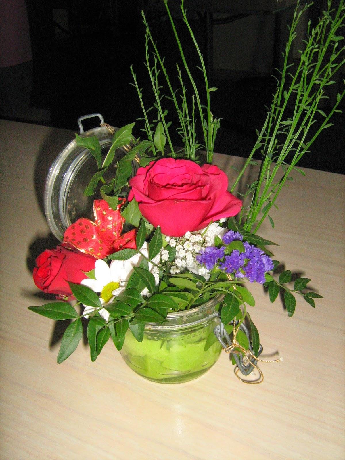 ehpad arlanc composition florale pour le 14 juillet. Black Bedroom Furniture Sets. Home Design Ideas