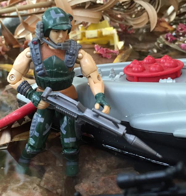 1987 Dodger, Battle Force 2000, 2000 Man o War
