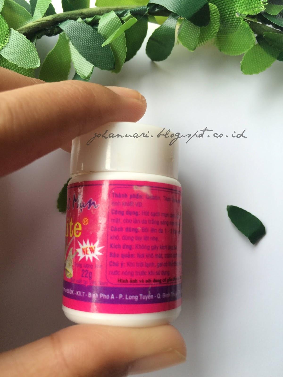 Review Hut Mun Gel Pengangkat Komedo Bonjour Gens Pencabut Mat Na White Original Thailand Kecil Dari Plastik Biasa Labelnya Pink Pudar Dan Informasinya Berbahasa Semua Packagingnya Nggak Banget Seperti Produk Abal
