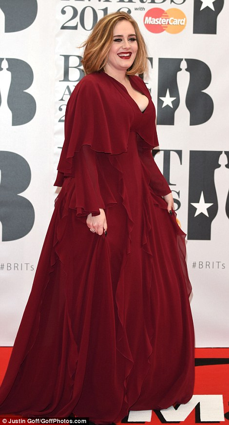 adele Brit Awards Red Carpet 2016