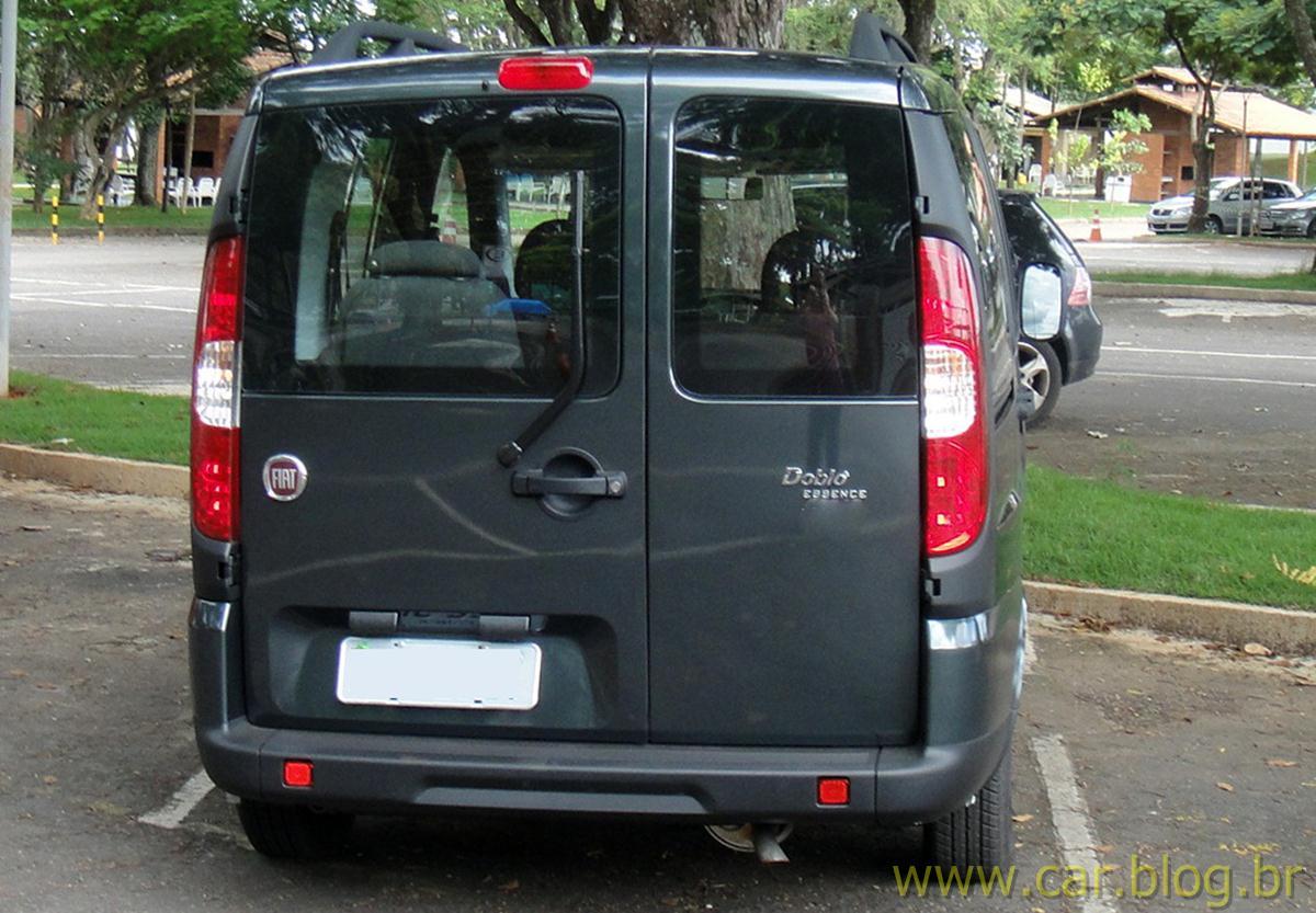 fiat dobl essence 1 8 flex 2012 pre o consumo e especifica es t cnicas car blog br. Black Bedroom Furniture Sets. Home Design Ideas