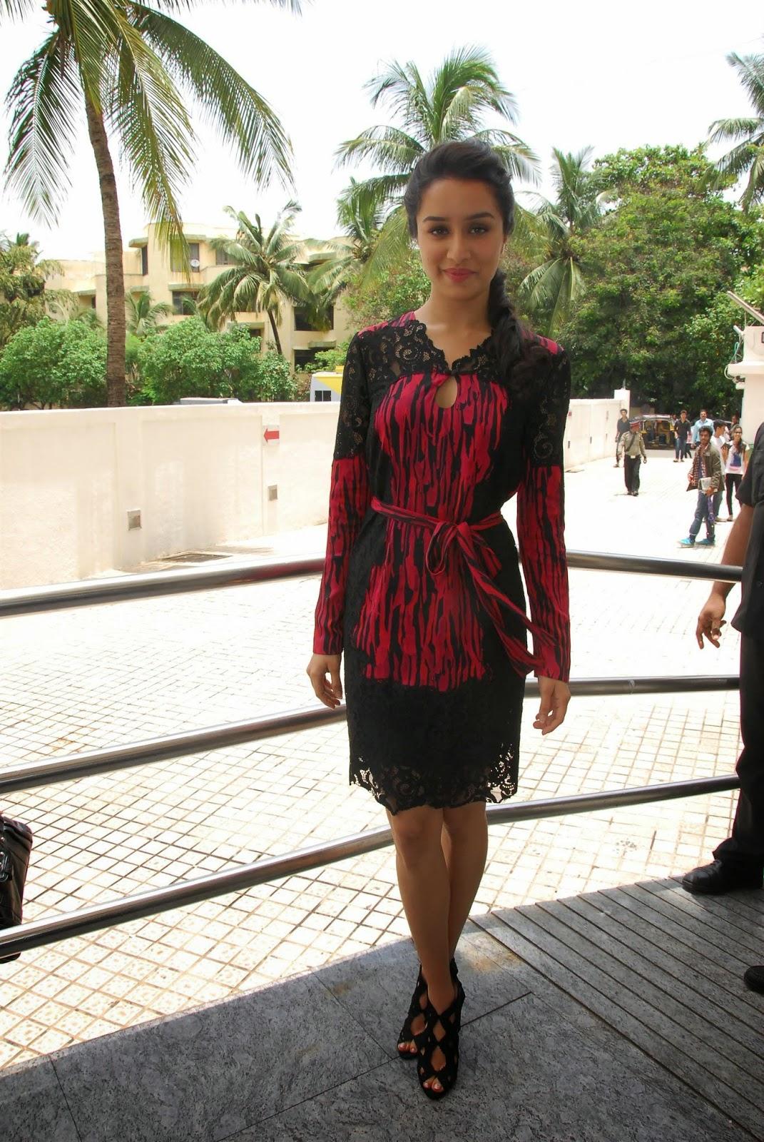 Bollywood Glamour Queen Shraddha Kapoor Hot Legs Thighs Photos In Black Mini Dress