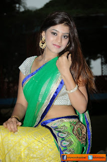 yamini bhasker stills tollywoodtv (1)