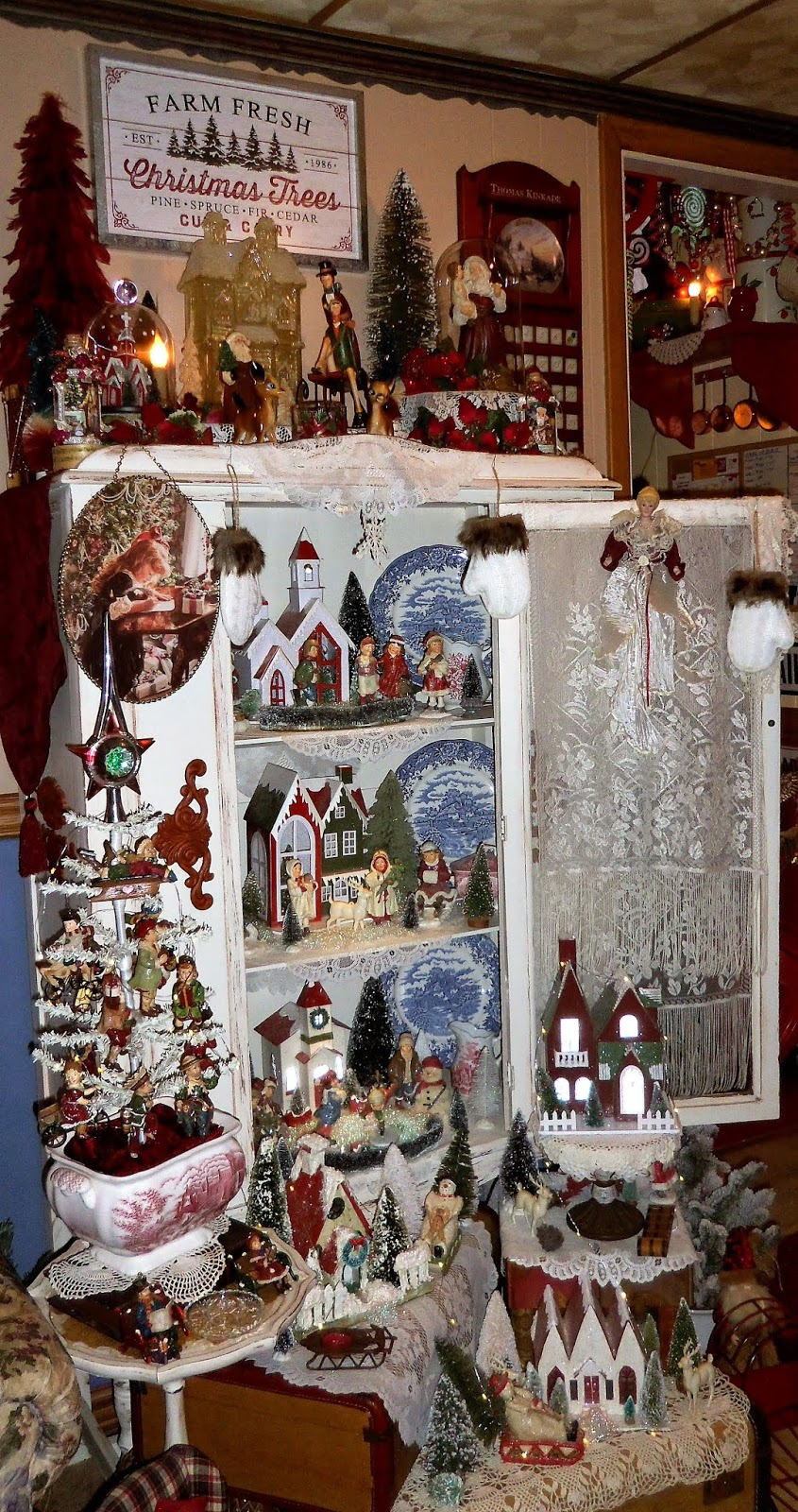 Christmas Home Tour, Den, China Cupboard, 2019