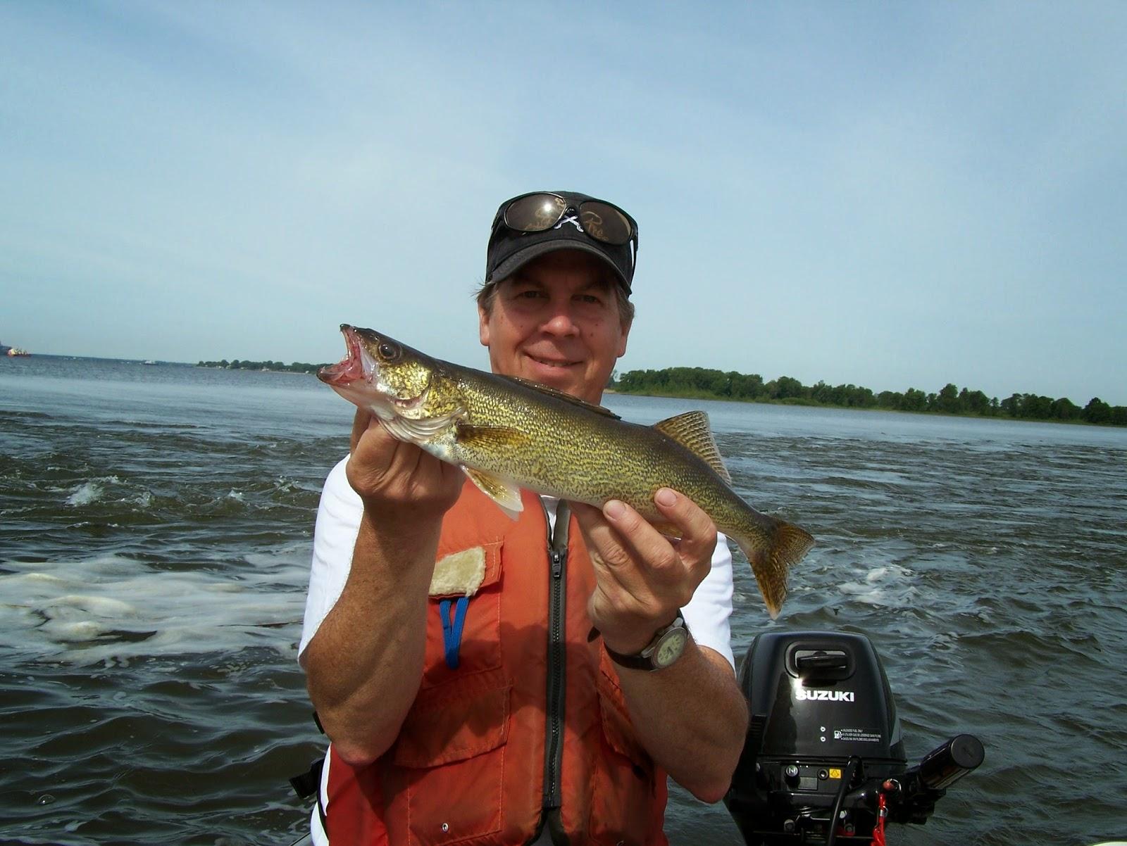 La pêche au Québec, pêche au doré, pêche lac Saint-Pierre, blogue sur la pêche, expert de pêche