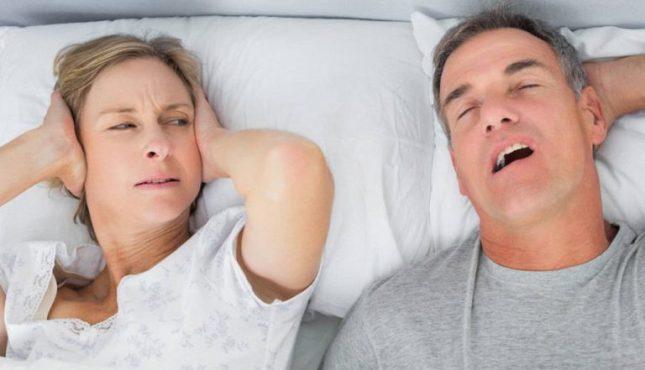 5 Makanan ini Ternyata Bisa Membantu Menghilangkan Tidur Mendengkur