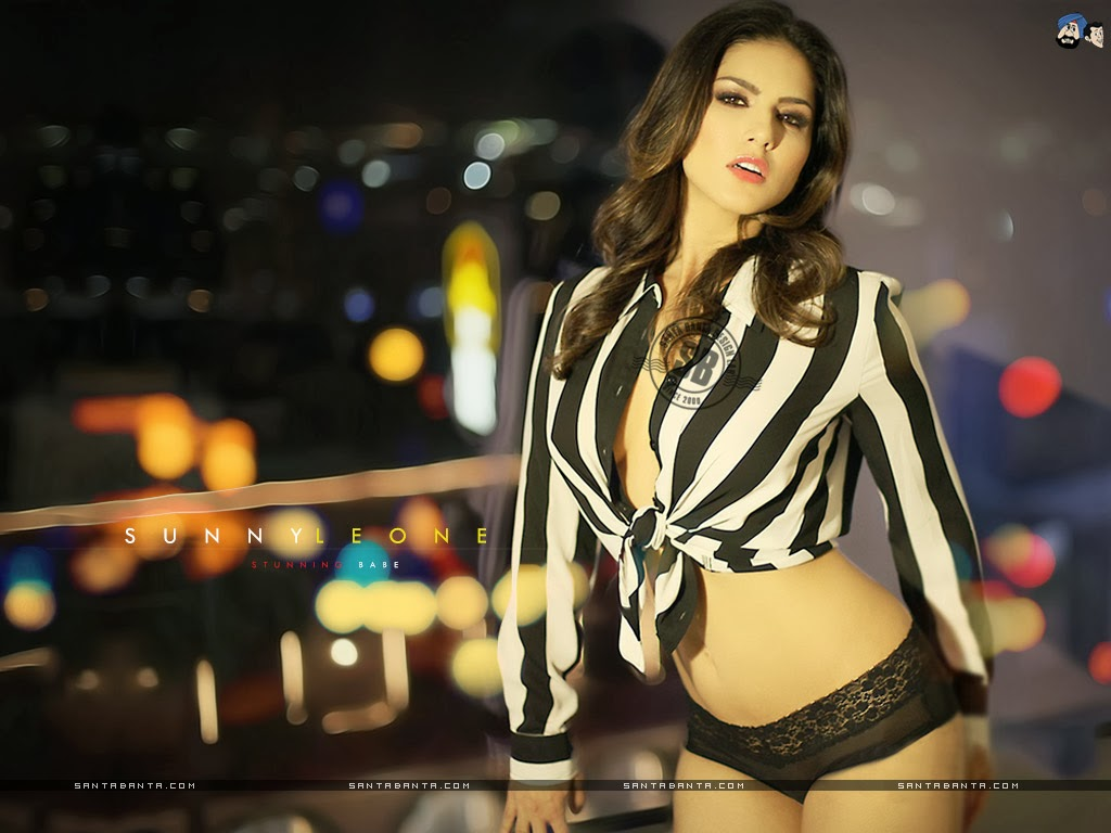 Amazing HD image downloads.: Sunny Leone Show Her Pussy