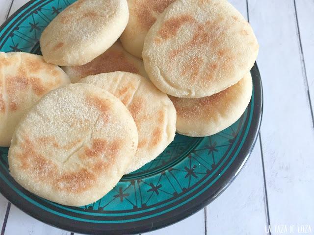 pan-de-marruecos-casero-con-sémola-y-harina-de-trigo