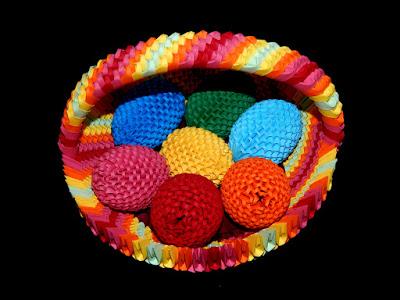 3D Origami Rainbow Basket