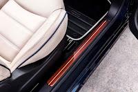Fiat 500C Riva (2016) Door Sill Detail