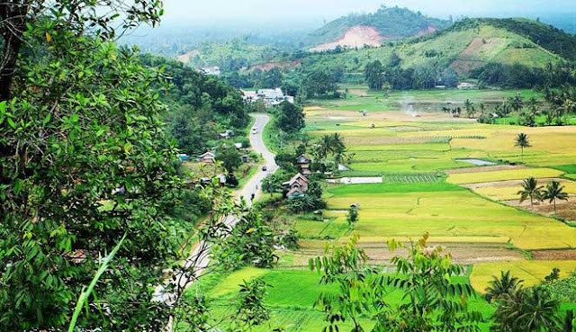 adalah salah satu kota nan indah mempesona di Provinsi Sumatera Barat SENSASI GUA NGALAU INDAH DI PAYAKUMBUH