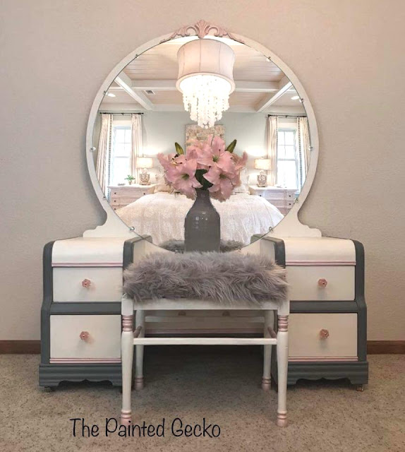 painted vanity with pink knobs