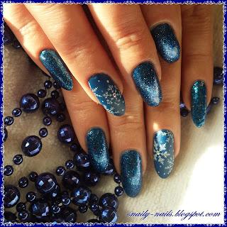 http://snaily-nails.blogspot.com/2016/12/zima-glamour.html