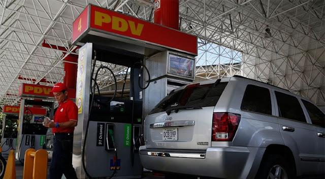 Régimen de Maduro raciona venta de gasolina por escasez de combustible