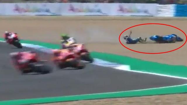 Alex Rins terjatuh di MotoGP Spanyol