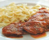 evde kolayca yapabileceğiniz salçalı biftek tarifi