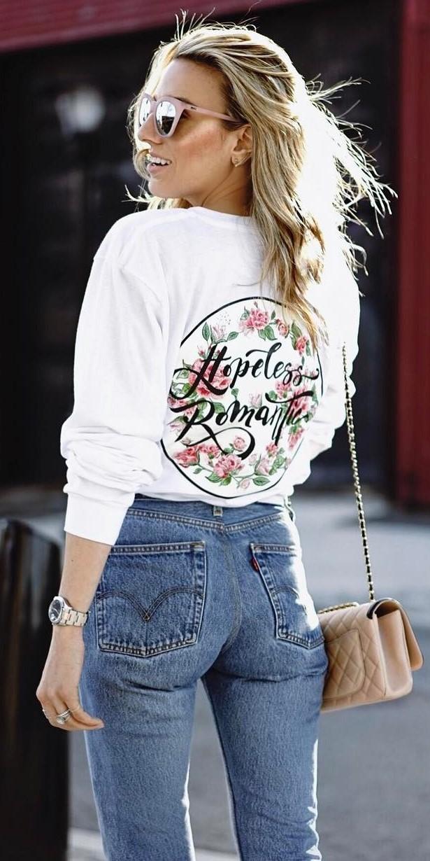 beautiful ootd: printed sweatshirt + jeans