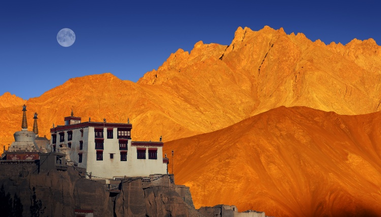 ladakh leh lake photos travel wallpaper