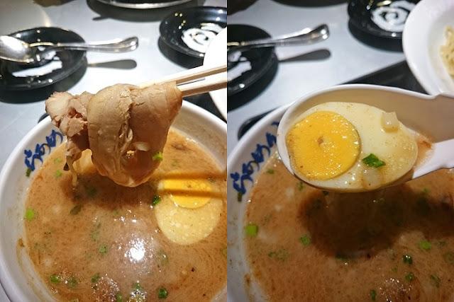 チャーシューと味玉の写真