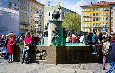 Marienplatz - Fischbrunnen