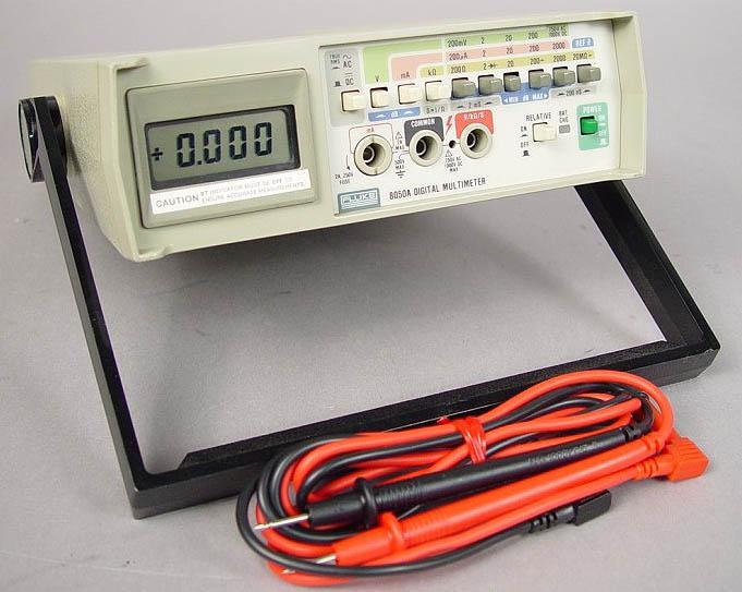 Electronics Evolution: Fluke 8050A Repair, Part 1