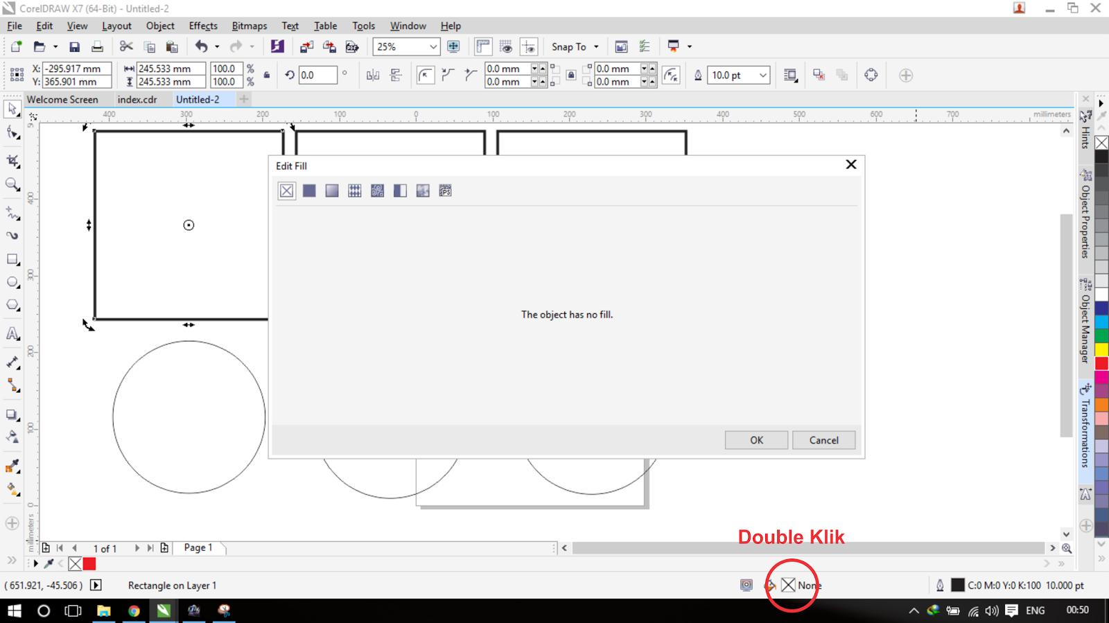 Cara kedua dengan Memilih menu fill di status bar dengan cara double klik jangan ketuker yang paling kanan itu menu outline