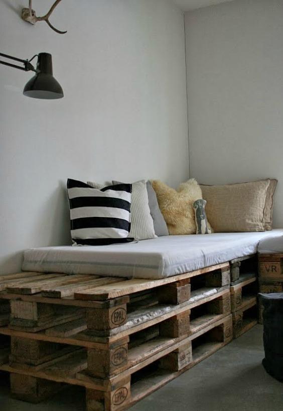 HOME & GARDEN 20 idées pour transformer des palettes en canapé