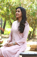 Priya Anand in simply Pink at an interview for movie KOOTATHIL ORUTHAN~  Exclusive celebrities galleries 003.jpg