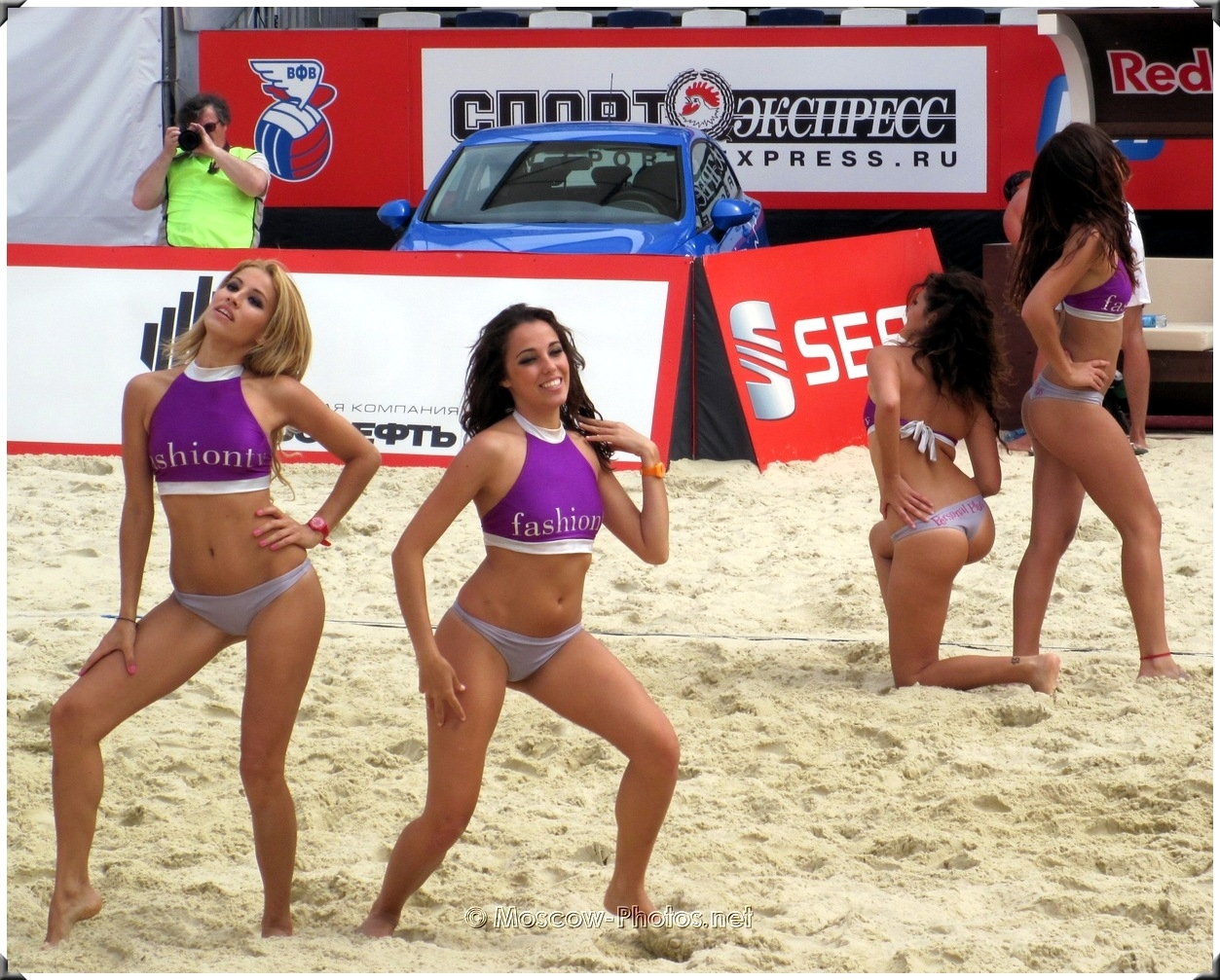 Dance of Fashion TV beach volleyball girls