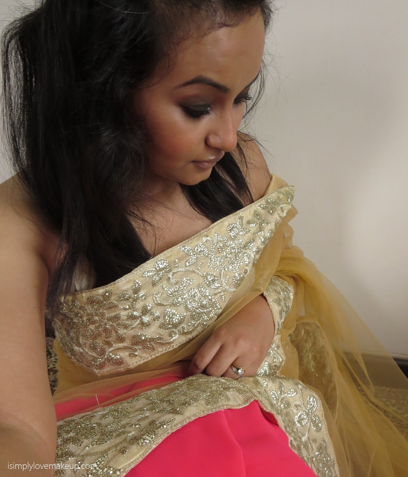Saree nude images