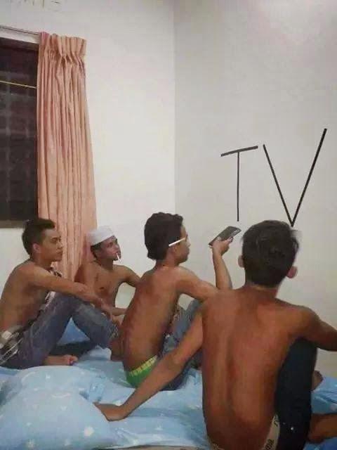 Menonton Televisi Yang Benar