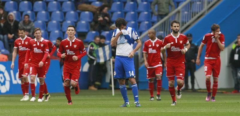 El Deportivo de La Coruña acarició el triunfo este sábado en la visita del  Sevilla a Riazor. Los gallegos hicieron un alarde de intensidad y acierto  en ... df6a9aa37c507
