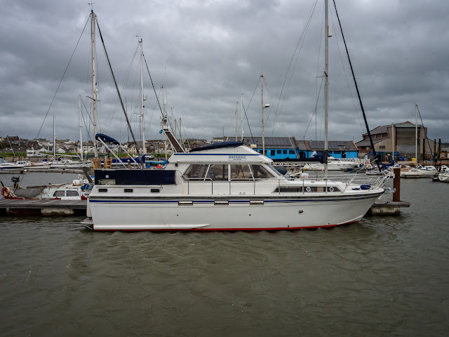 Photo of Ravensdale in her current mooring