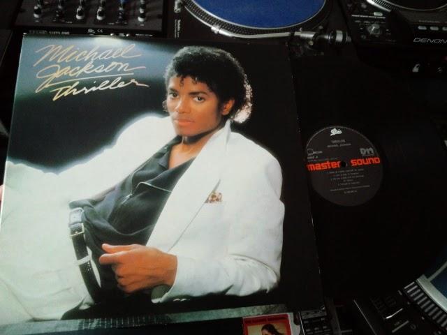 マイケル・ジャクソンのスリラーのレコードの写真です。