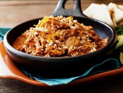 receta-mexicana-pollo-con-chocolate-comida