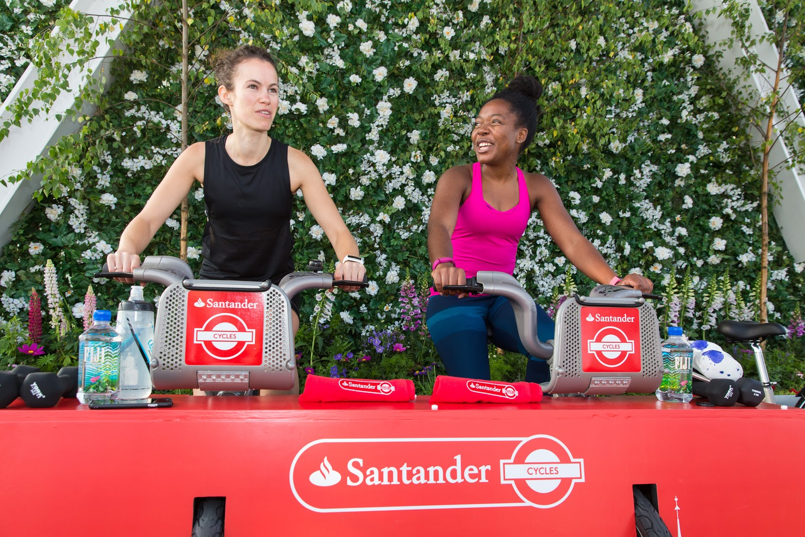Elle about town spin up with santander cycles keep it - Be up santander ...