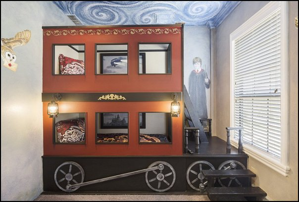 harry potter train bunk bed  Harry potter themed bedrooms - harry potter bedroom decor - Harry Potter decorating ideas - Harry Potter Room Decor - Harry Potter Bedroom Ideas - Harry Potter  bedding - Harry Potter wall decals - Harry Potter wall murals - harry potter furniture - harry potter party supplies - castle decorating props - harry potter party decorations - Magical Hogwarts House Theme - harry potter home decor - harry potter bedroom decorating ideas